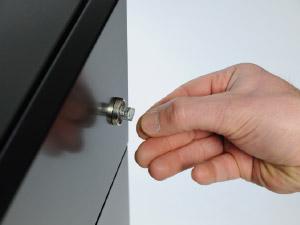 install lock adapter